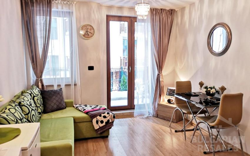 Compact apartment in a luxury complex on the 1st line ID 1789, Saint Vlas. Photo  1