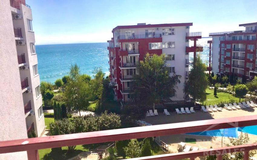 Buy a flat with a panoramic view of the sea ID 1902, Saint Vlas. Photo  1
