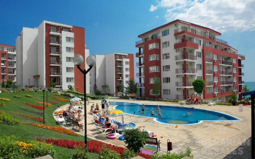 Apartment by the Sea in the complex Panorama Fort Beach ID 2188, Saint Vlas. Photo  1